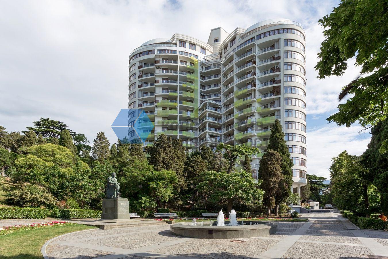 Апартаменты лотос ялта купить квартиру в швейцарии дешево